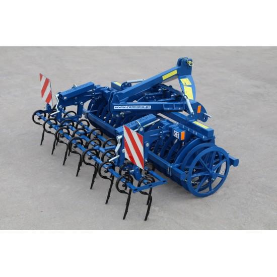 Technika priekinei tritaškei traktoriaus pakabai