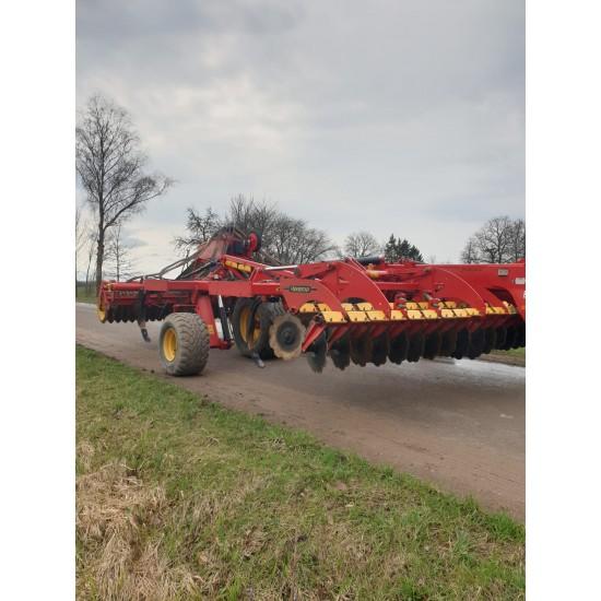 Prikabinamas daugiafunkcinis skutikas Väderstad TopDown 600